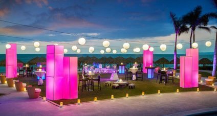 Shelli's Travel Recommends - Hard Rock Weddings